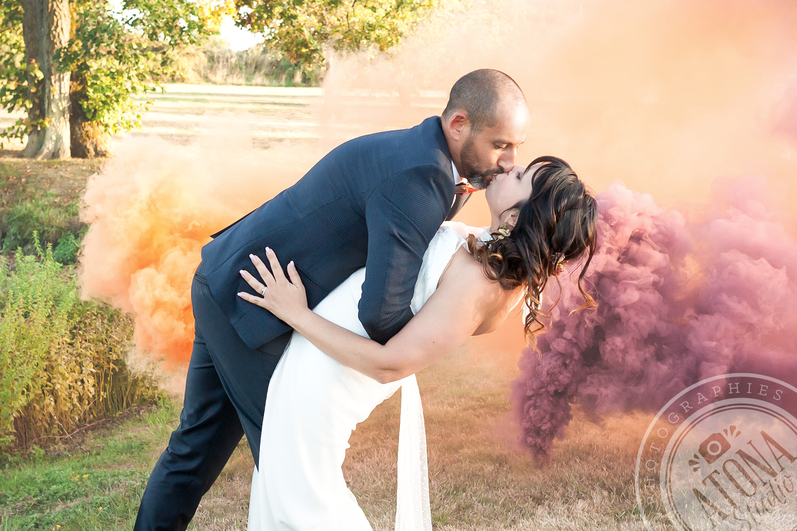 Mariage-nature-et-fumigène