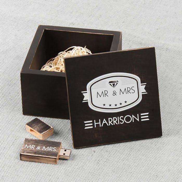 Boîte USB en bois Vintage